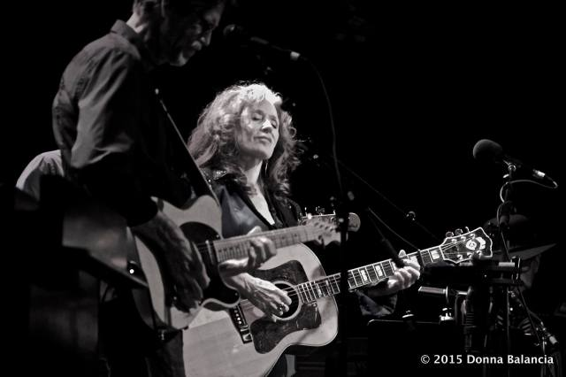 Bonnie Raitt at Benefit for Marty Grebb - Photo © 2015 Donna Balancia